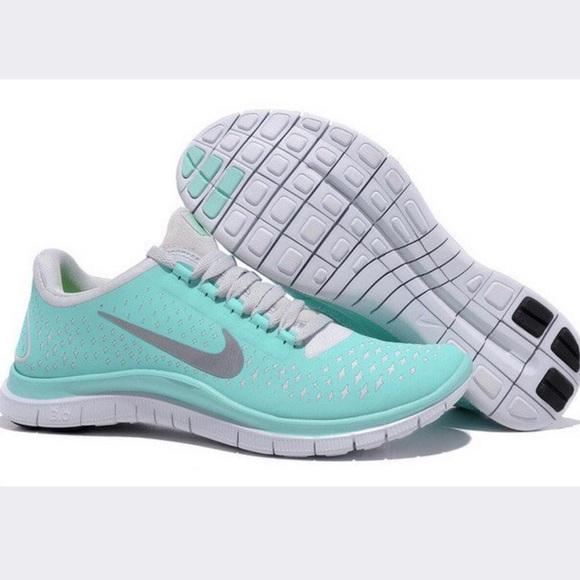eff96f252213 Tiffany Blue Nike Free Run size 8. M 5ba05d79c2e9fef242fe4cc6